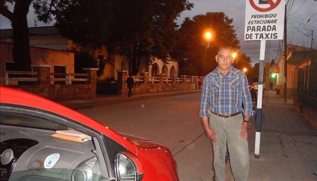 Los taxistas pedirán  un aumento de $10  en la tarifa urbana