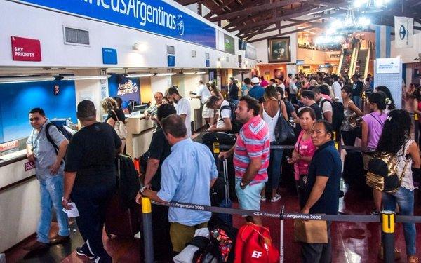 El tráfico aéreo de pasajeros en Salta aumentó 30,2 por ciento en mayo
