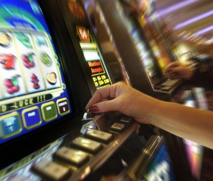 Piden prohibir cajeros autom ticos cerca de los casinos y for Cajeros automaticos cerca de mi