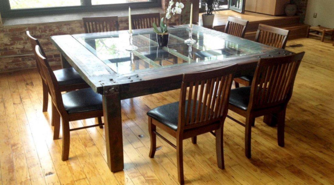 Mesas originales creadas con puertas recicladas for Mesas de puertas antiguas