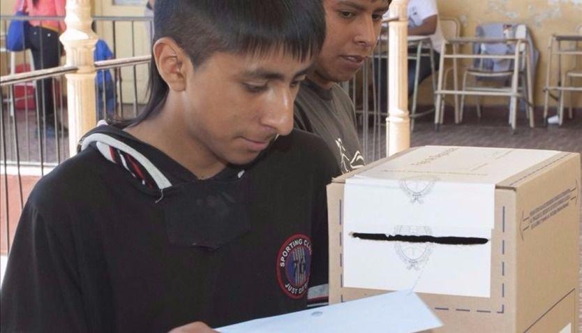En Salta podrán votar más  de 44 mil menores de 18 años