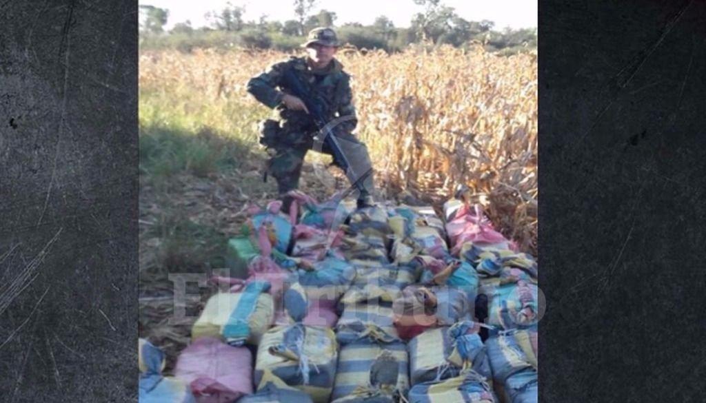 Secuestran 2 tn  de cocaína en  una base para  narcovuelos en  campos  santiagueños