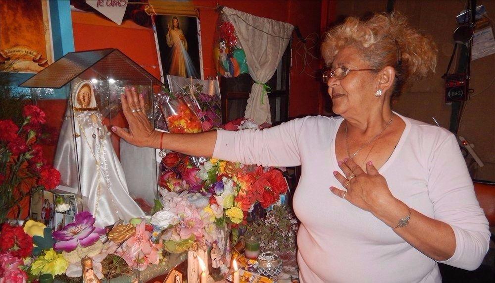 La Virgen que llora suma testimonios de milagros