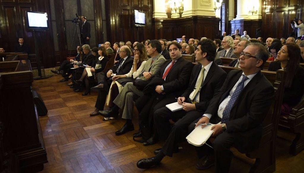 Audiencia por obligatoriedad de educación católica — CJS