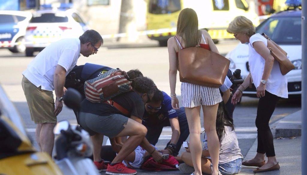 Trece muertos y más de 50 heridos en un atentado terrorista en Barcelona