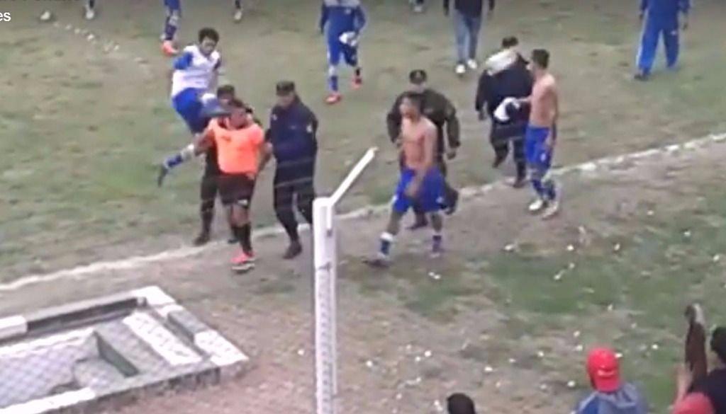 Un árbitro sufrió una brutal agresión en un partido en Salta