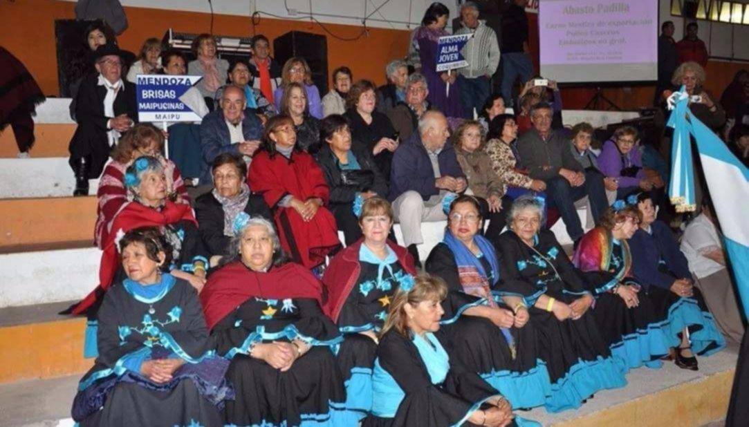 Jubilados de todo el país se reúnen en la Ciudad Termal