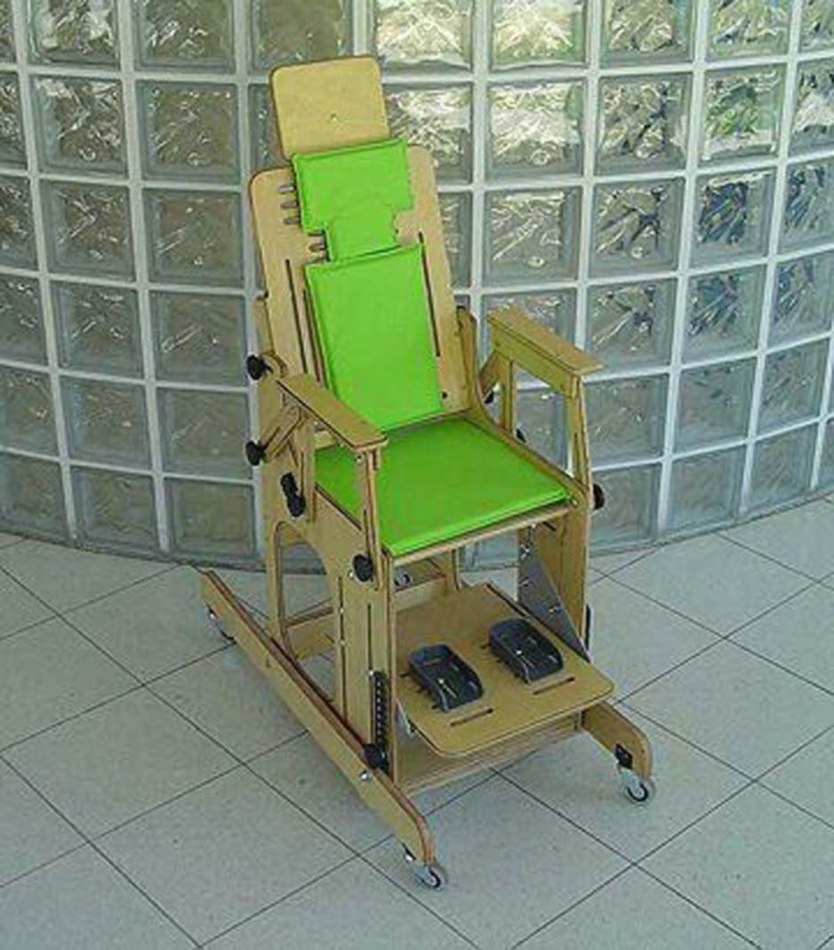 La t cnica 2 fabricar elementos para personas con - Sillas para baneras para mayores ...