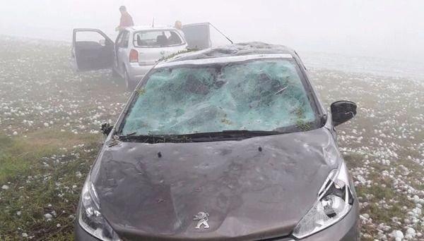 Videos: Impresionante tormenta de granizo azotó a Corrientes