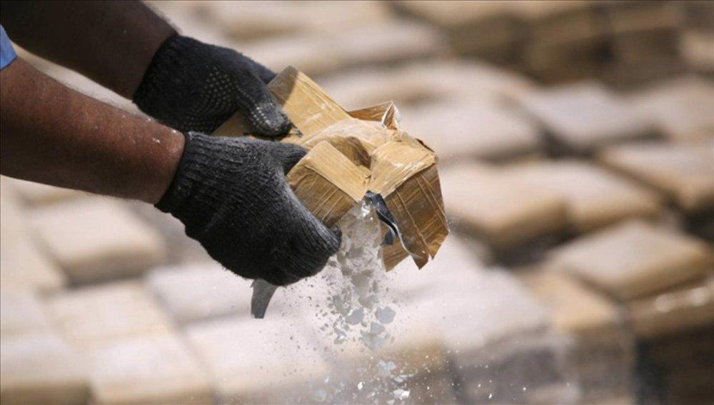 Queman 65 toneladas de droga
